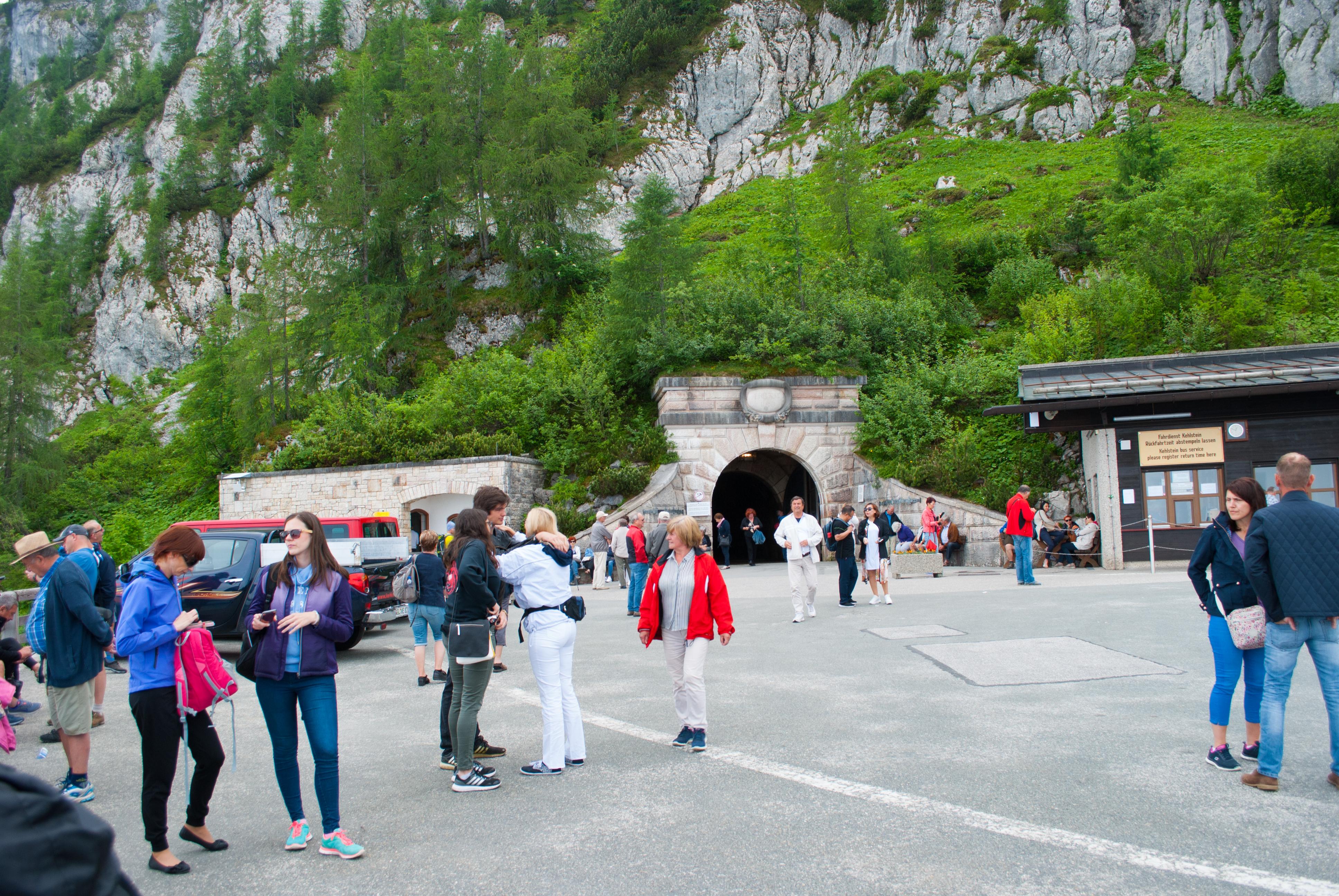 Orlovo Gnjezdo tunel