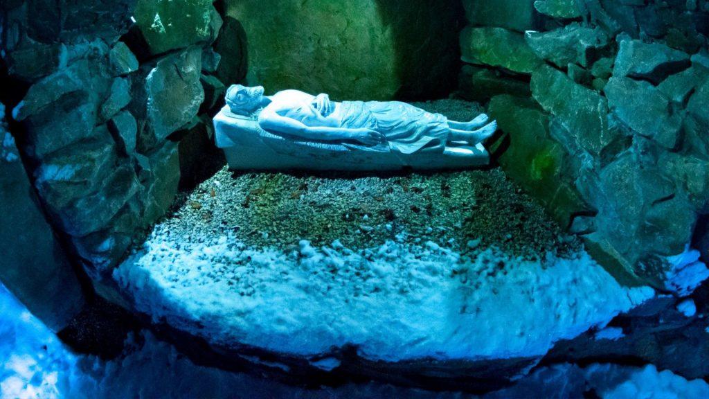 Obitelj Salaj Isusov grob
