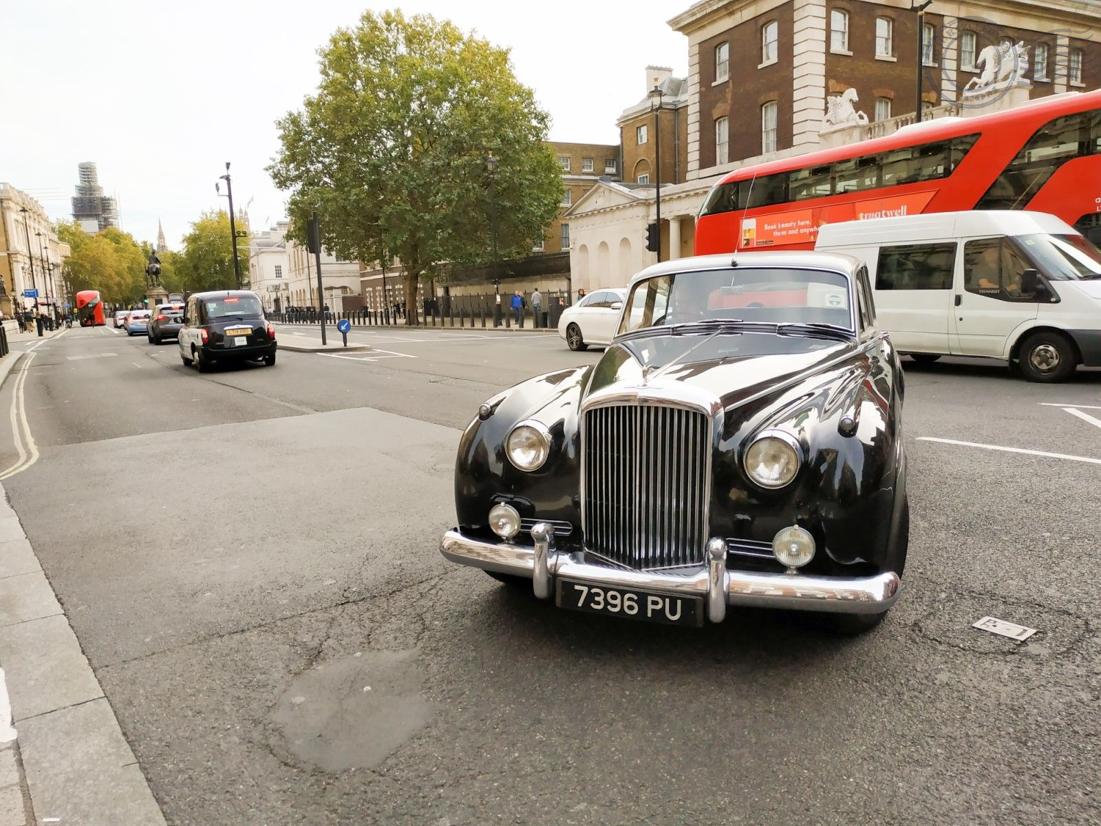 London cars street