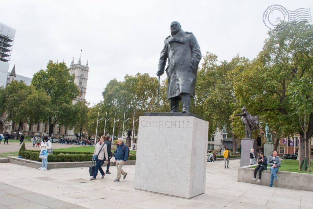 London, Pariz - putopis Parliement Square