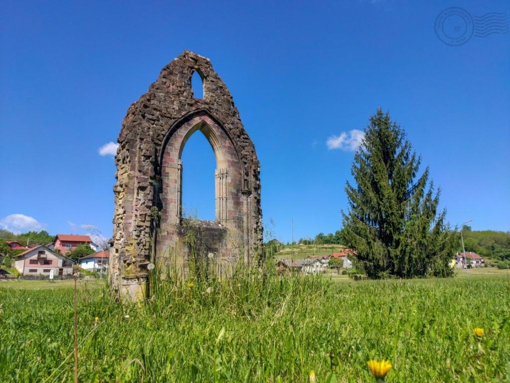 portal crkve topusko